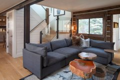 Draker8-crested-butte-couches