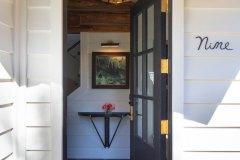 Kull34-exterior-door