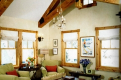 mountain-living-chandelier-crested-butte-colorado